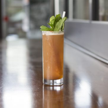 Summer Cocktail Stays Simple with Sweet Tea and Bourbon